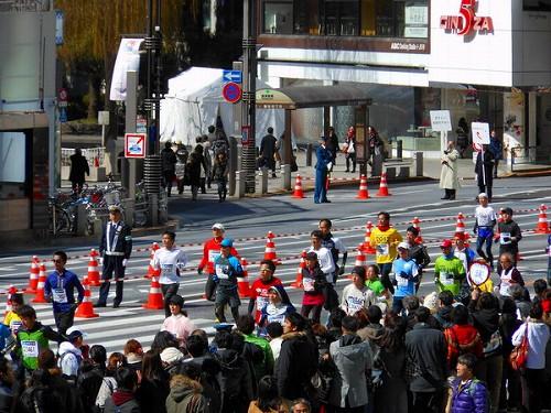 今日の銀座は・・・東京マラソン20130224b