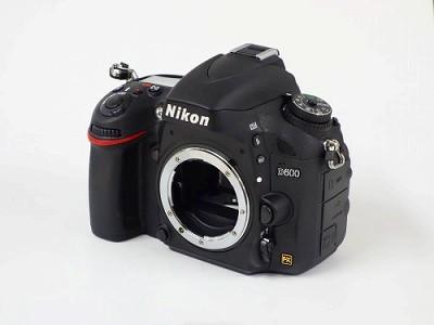 ニコンD600