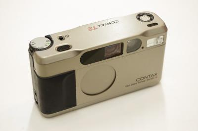 CONTAX T2 121208