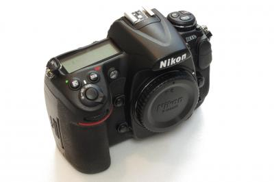 Nikon D300s 130223