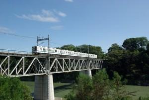 鉄橋と東武電車