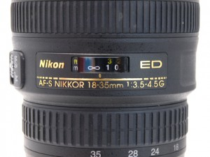 ニコン AF-S 18-35/3.5-4.5G ED