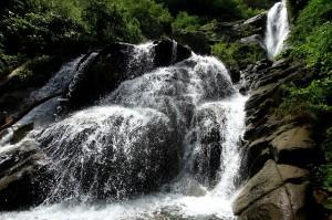 仏御前の滝②