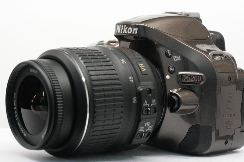 Nikon D5200 18-55