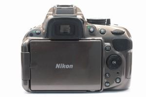 ニコン D5200
