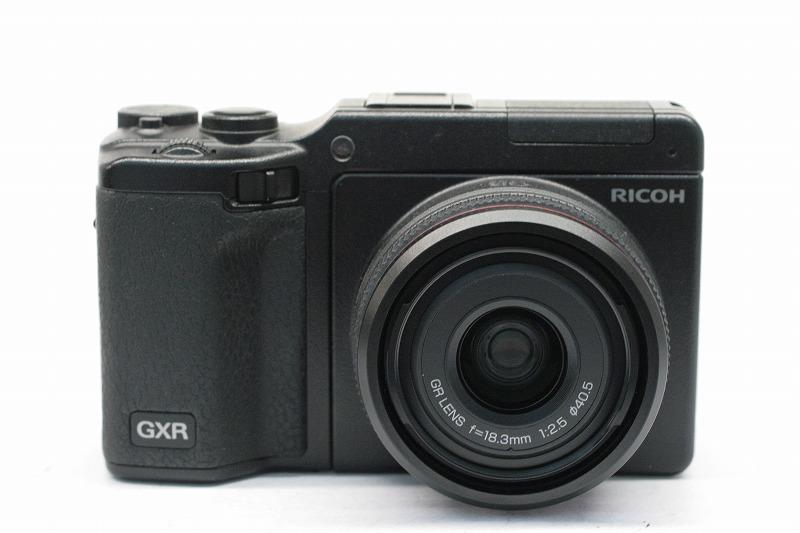 RICOH GXR + A12