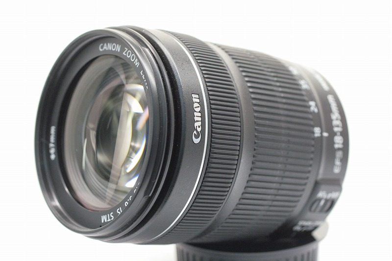 EF-S 18-135/3.5-5.6 IS STM