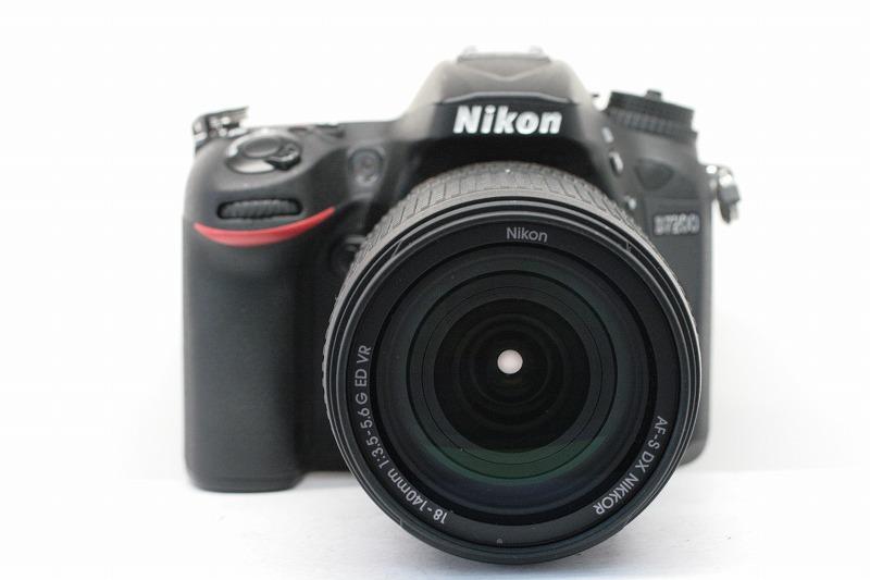 Nikon D7200 AF-S18-140