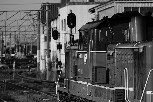 F4 1/1250秒 ISO100 159mm 四日市駅