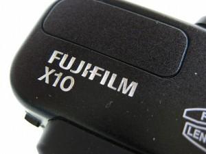 フジフィルム X10