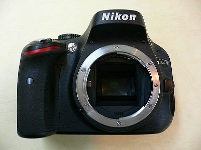 ニコン D5100
