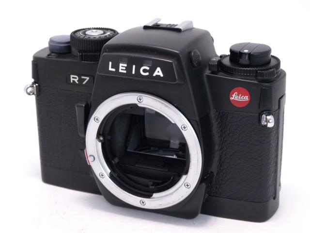 ライカ R7