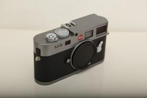 ライカ M9 スチールグレイ 10705