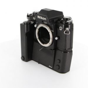 ニコン F3 + MD-4